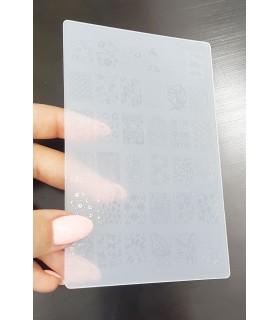 شابلون پلاستیکی ناخن متوسط شماره k22 با دست