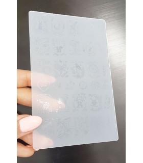 شابلون پلاستیکی ناخن متوسط شماره k27 با دست