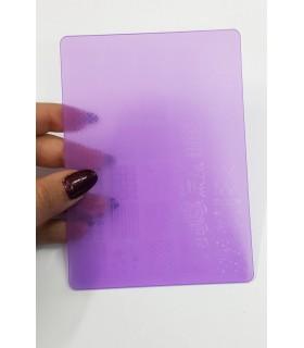 شابلون پلاستیکی ناخن متوسط شماره F17 بنفش دست